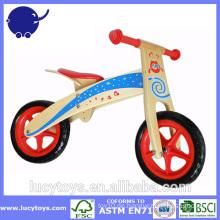 Heißer Verkauf, der das hölzerne Fahrrad der Kinder lernt