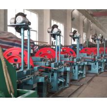 Máquina automática para fabricar clavos para techos