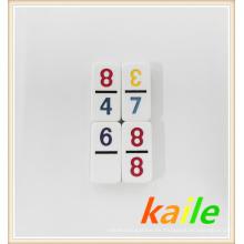 Domino doble del tema del doce doce en caja de cuero
