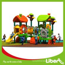 Wie baue ich eine Schaumstoff-Padding Gebrauchte Spielplatz-Ausrüstung von hoher Qualität und Kuss Favorite Style Plasic Component