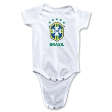 Футбол ребенок 2014 носить Onesie Бразилии