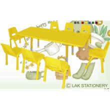 Verstellbare Höhe feuerfeste Platte Kinder Tisch und Stuhl für Kindergarten