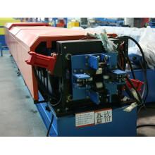 Máquina de formação de tubos