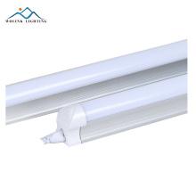 La haute performance ip33 300mm 5000 lumen t8 a mené des lumières de tube