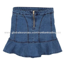 Women's denim skirt, vintage style, front with zipper