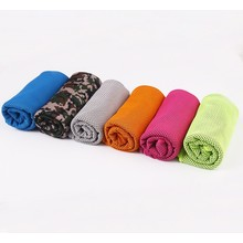 Quality Top Excellent Microfiber Waffle Golf Towel