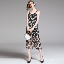 2020 High-End Fashion Summer New Retro Black And White Suspenders Water-Soluble Lace Embroidery V-neck Halter Dress