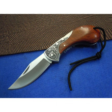 Wood Handle Pocket Knife, Foldable Blade for Easy Carrying