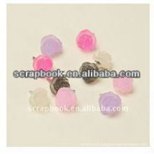 Plastic flower brad china wholesale Flower brad