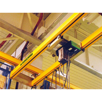 Pelukis Crane Painted Yellow