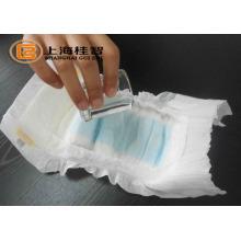 Non сплетенная ткань PP / нить pla сырьем для ребенка бесплатный образец подгузника