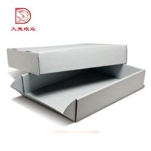 Caixa de embalagem corrugada branca reciclável feita sob encomenda da camisa da venda quente
