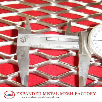 Metal expandido com diamante normal