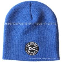 OEM produzieren kundengebundenes Logo gestickte gestrickte Beanie Acryl Winter Ski tägliche Beanie Blue Hat