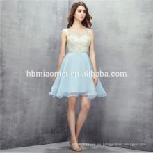 2017 Venta caliente color azul claro vestidos de dama de honor de la boda del cortocircuito del diseño de las lentejuelas sin respaldo de la boda para las muchachas