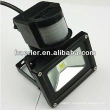 High quality good price Ip65 110v 240v 120v outdoor ip65 ip66 10w led pir floodlight
