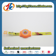 Brinquedos promocionais Plastic Watch Shape Shooter Space Flying Toys