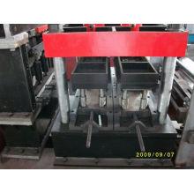 Semi-Automático Zuc Purlin Exchange Roll formando máquina