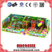 Playground Indoor macio do tema dos doces com corrediça do tubo