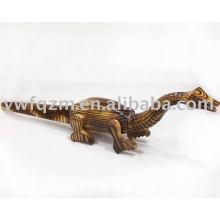 dinossauro de madeira