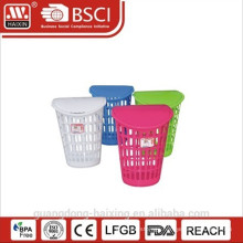 Plastic laundry basket with lid(40L)
