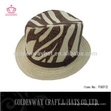Chapeau de chapeau de gangster de léopard jaune