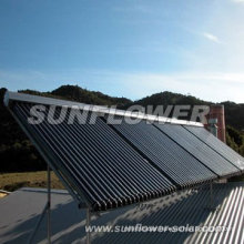 Textured tempered glass flat plate solar collector