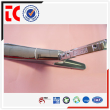 Moulage sous pression professionnel à la main OEM Chine de bonne qualité monture de zinc en zinc brillant moulé sous pression sur mesure