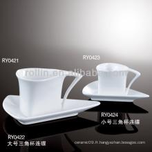 Tasse à café en forme de triangle Grace pour le mariage
