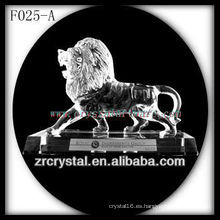 K9 Crystal Hand Sculpted Lion con base