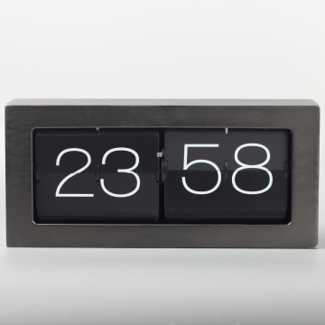 Riesige Metallbox Flip Clock