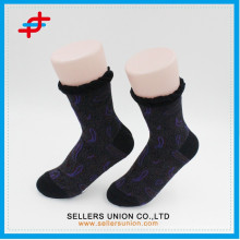 Beauty jacuard transfer printing women socks manufacturer