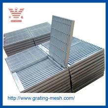 Pasos de escalera / rejilla de acero galvanizado