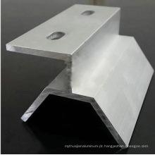 Perfuração de furos de perfil de ângulo de liga de alumínio
