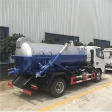 4x2 Dongfeng Diesel 6000L camion d'eaux usées sous vide