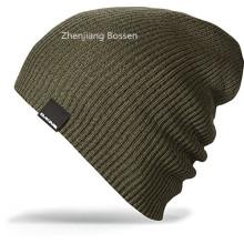 OEM produzieren billig Acryl Logo gestickt Slouch Tägliche Sport gestrickte Beanie Cap