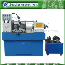 Thread roll machine for solid bar screw making