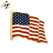 China manufacturer metal Waving American Flag Gold Pin