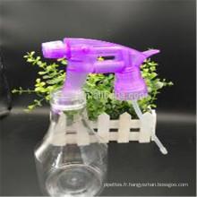 Bouteille en PET plastique avec tête de pulvérisation pour nettoyer le lavage