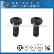 Fabricado em Taiwan Stainless Steel Standard POZI Drive Pan Head Bolo de máquina revestida de zinco