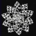Charm clear Crystal flower Brooch Rhinestone Brooch Pins rhodium Plated Fashion Jewelry Christmas Gift