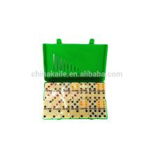 Nuevo Estilo Urea / Melamine Domino En caja de plástico de color