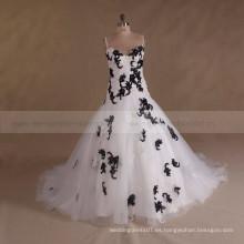 Correa de espagueti blanco negro con cuentas de tamaño más barato vestido de novia 2017