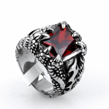 Domineering gem palace Retro Dragon claw ring