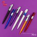 Bolígrafo de plástico de promoción de color rojo con artículos baratos