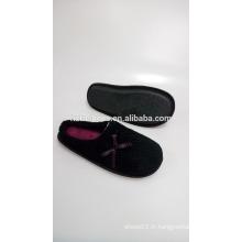 Nouvelle chaussure d'intérieur à bas prix pour femme