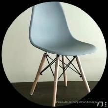 Stuhl mit hohem Bein aus Kunststoff Sitz aus PP aus Buchenholz