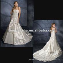Taffeta Exquiste Beadings com um vestido de casamento de cauda deslumbrante