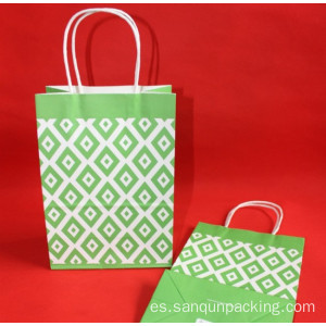 En stock bolsa de regalo de papel kraft