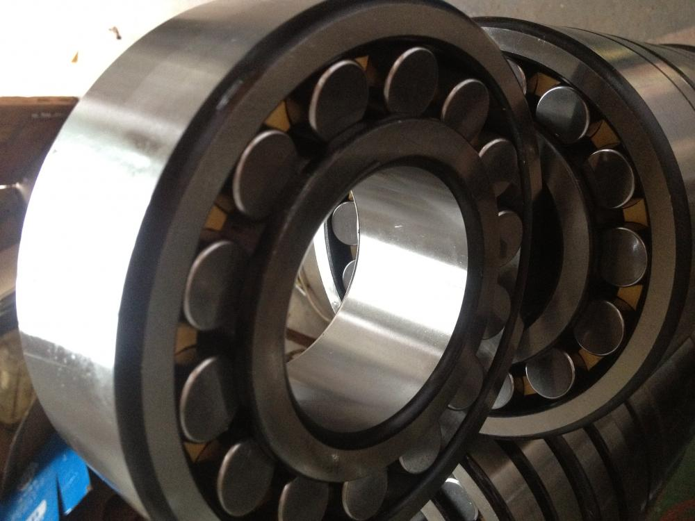 Spherical Roller Bearing 24122